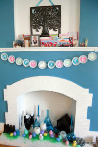 Easy DIY Easter Banner using cupcake liners