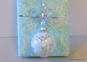 Holiday Gift Tags: Ornament Tag