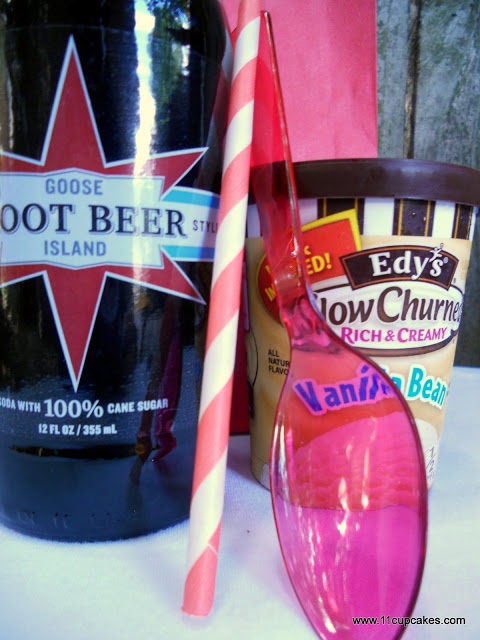 Red, White, & Root Beer: Favors