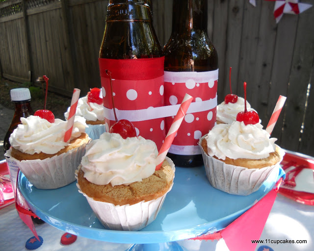 Red, White, & Root Beer: Cupcakes