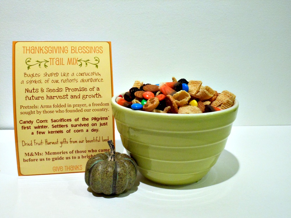 Thanksgiving Food: Blessings Trail Mix