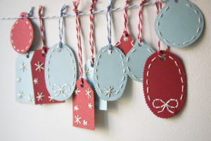 Holiday Gift Tags: Embroidered Tags