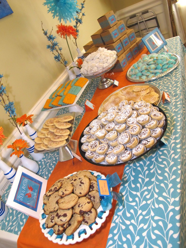kissing fish bridal shower decorations, cookie table favors, fish centerpieces