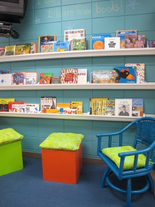 {Back to School} Classroom Book Nook