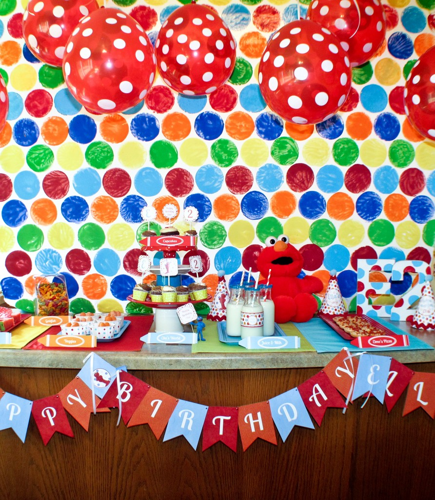 DIY Elmo Party: Dessert Table