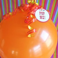 Gift Wrapping: Balloon Pop