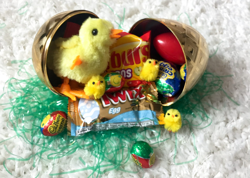 Easily mail your friends or family an easter egg!