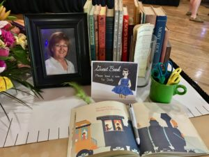 Teacher Retirement Party- Vintage Schoolhouse. Tips to throw a fantastic retirement party that your guests will remember and the guest of honor will love. www.11cupcakes.com 11cupcakes #retirementparty #teacherretirement