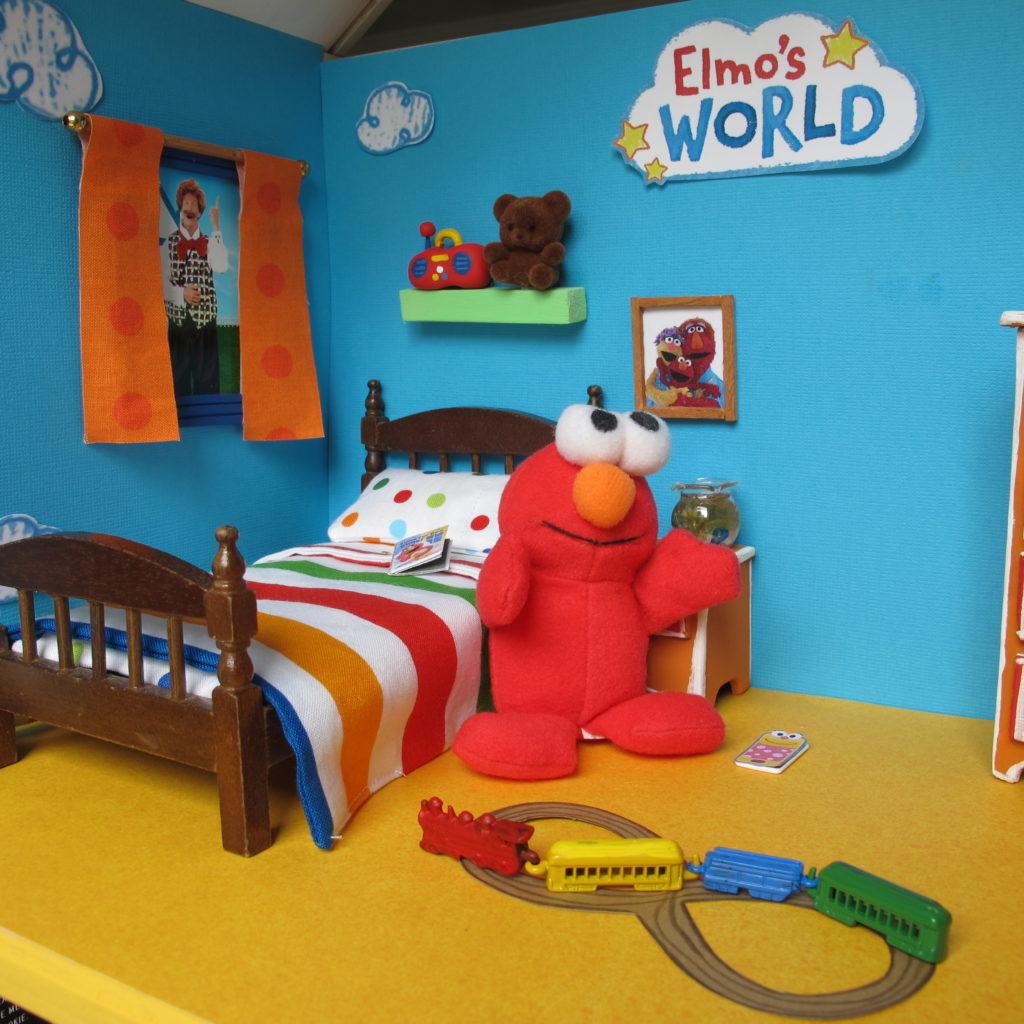 Image of: Diy Sesame Street Dollhouse Part 1